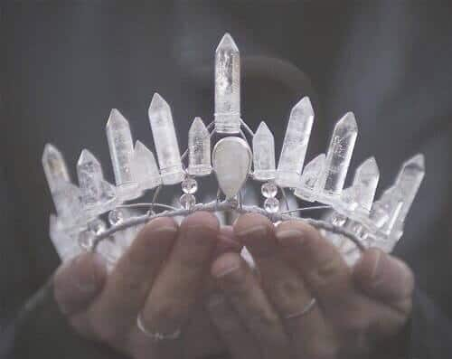 crown-noble-gifting